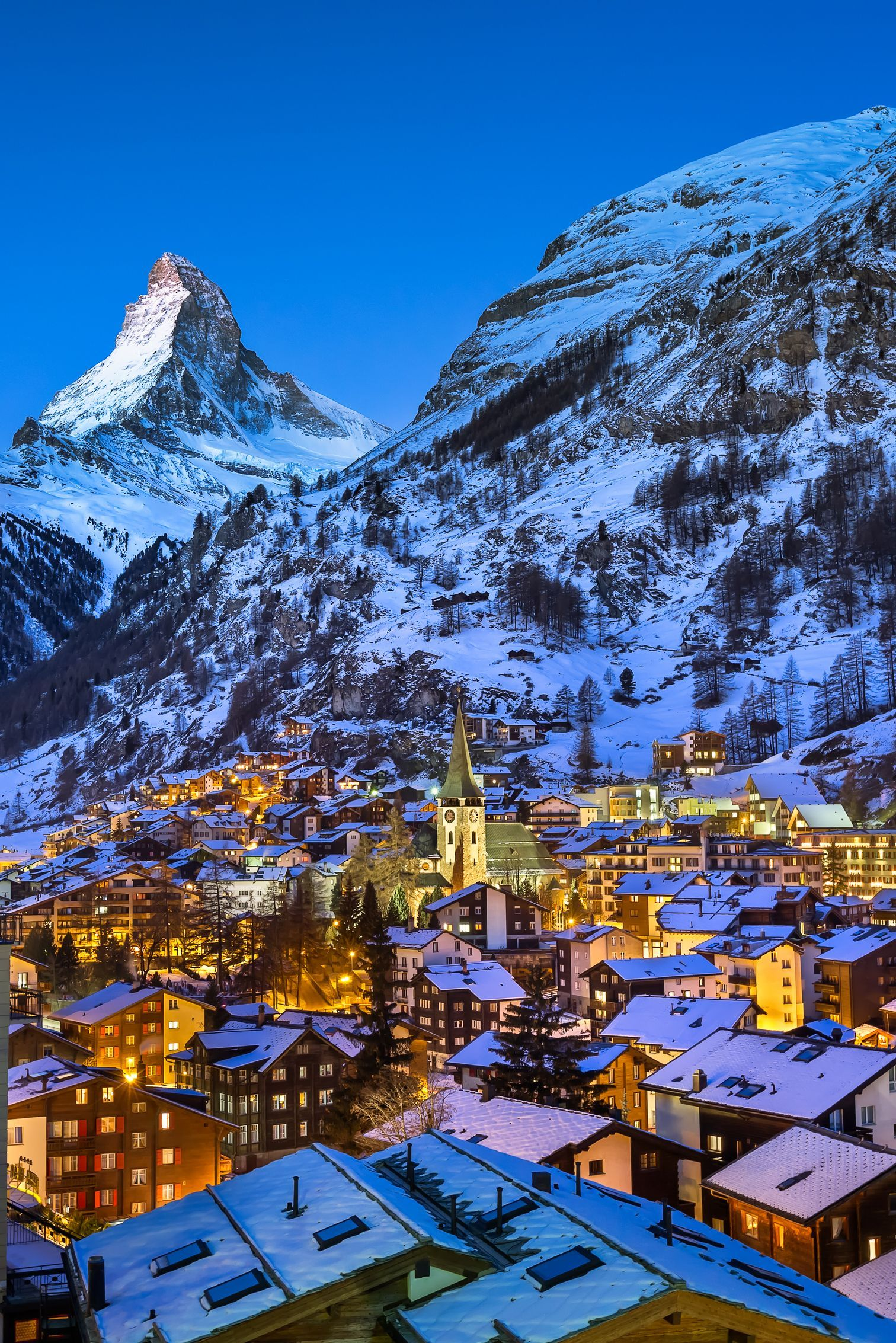 One Of The Most Beautiful City In Switzerland To Visit In The 10 Most Beautiful Towns In Sw Switzerland Cities Switzerland Travel Summer Switzerland Wallpaper
