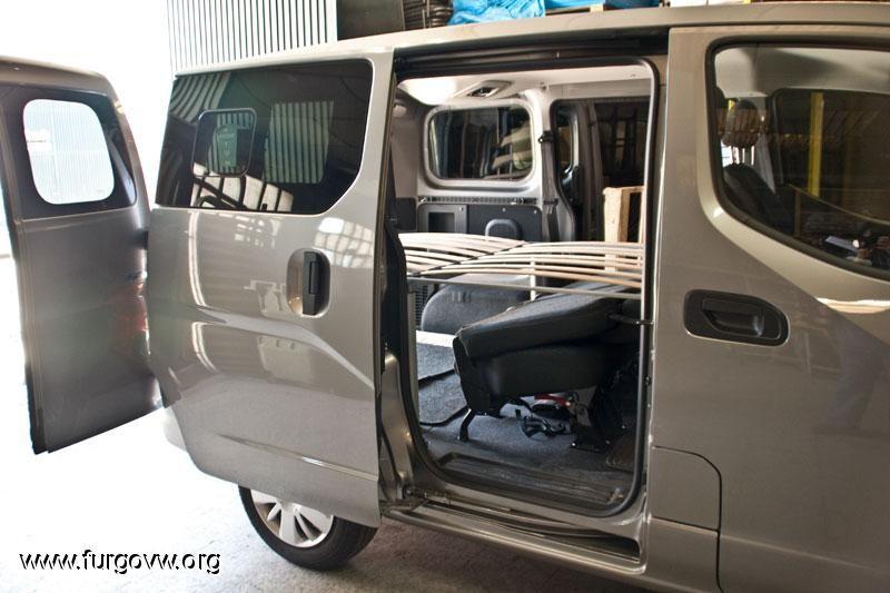 nissan nv200 evalia kasten eur6 comfort camper kche. Black Bedroom Furniture Sets. Home Design Ideas