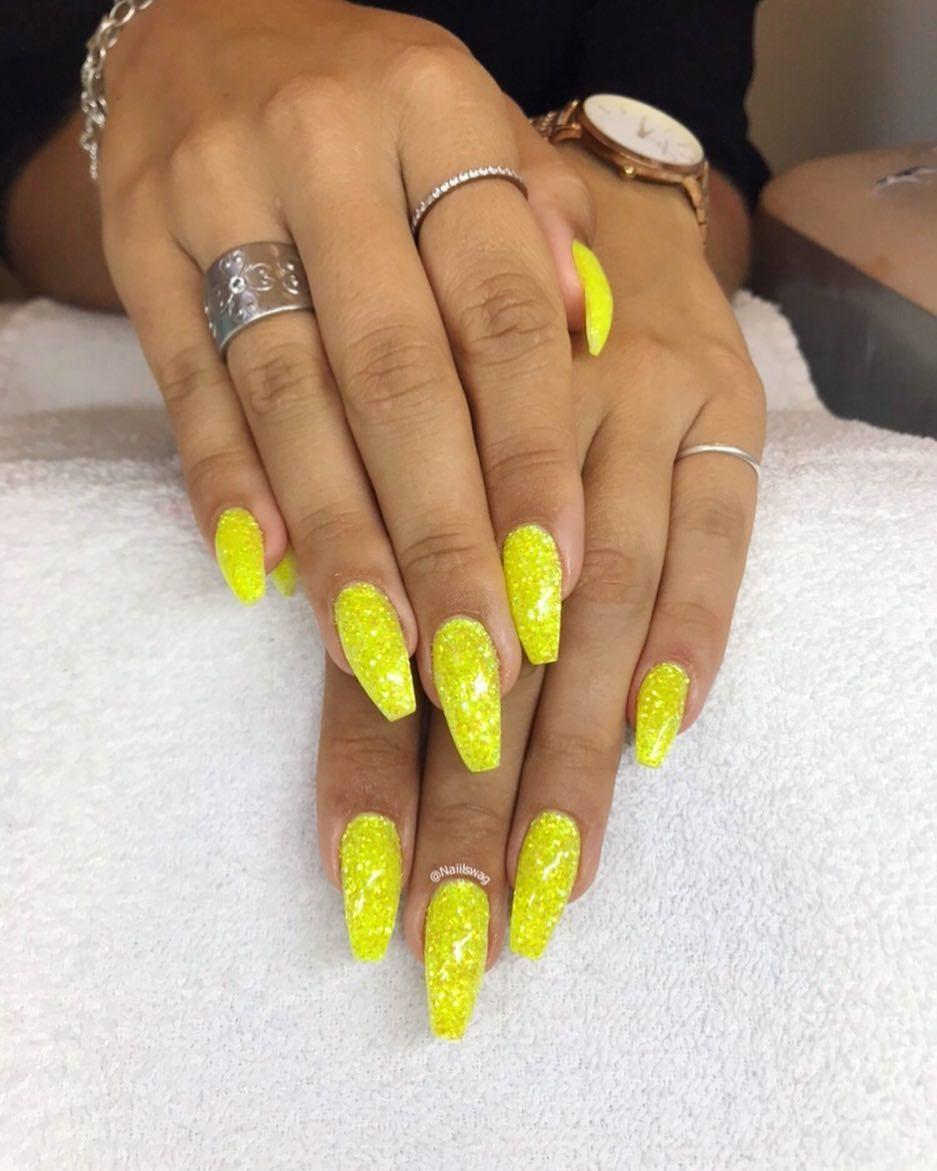 naglar i gävle
