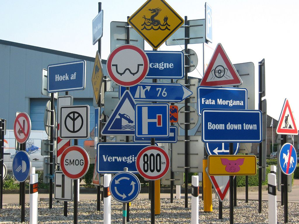 street road signs - Поиск в Google