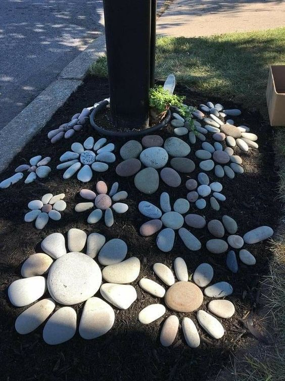 J'aime décorer mon jardin avec toutes sortes d'artisanat fantaisiste  Je me demandais recen      Décoration de la maison, idées de Décoration, Conseils Déco is part of Diy garden decor - J'aime décorer mon jardin avec toutes sortes d'artisanat fantaisiste  Récemment, je me suis demandé s'il y avait peutêtre plus de choses que je pourrais ajouter par rapport à ce que j'ai déjà làdedans et bien sûr, j'ai trouvé tellement de grands projets de bricolage  Si vous aimez créer votre propre décor de jardin et plus précisément, si…
