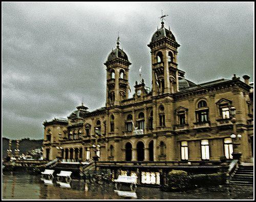 nice Ayuntamiento de Donostia.