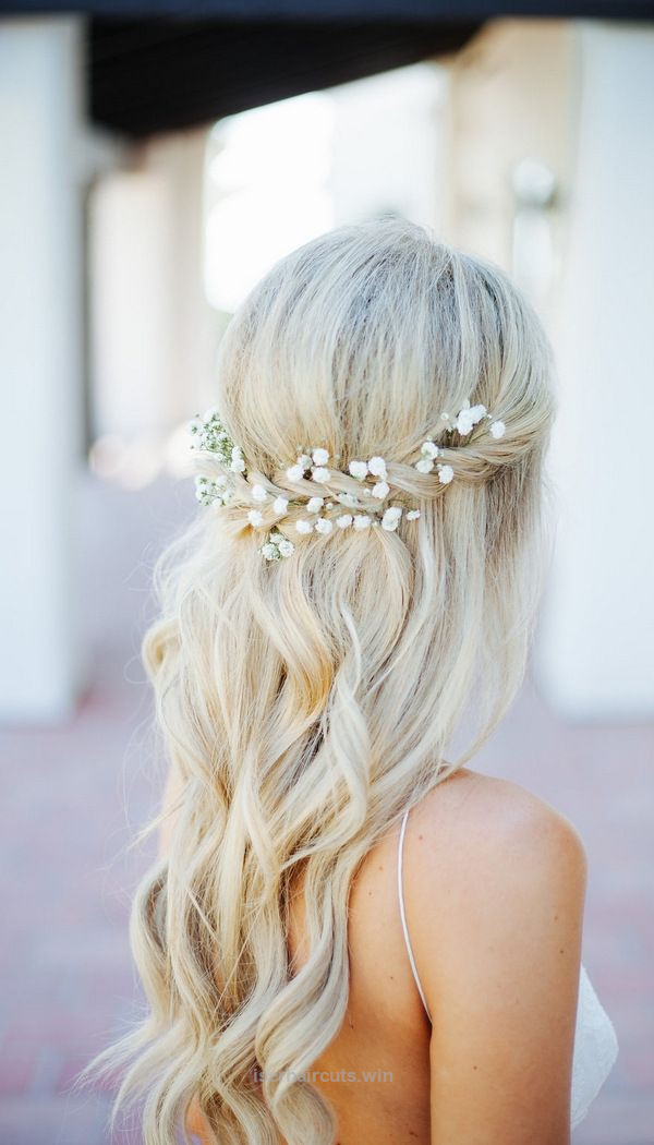 Cool Half Up Half Down Wedding Hairstyle With Baby Breath The Post Half Up Half D Wedding Hair Flowers Braided Half Updo Wedding Hairstyles Half Up Half Down