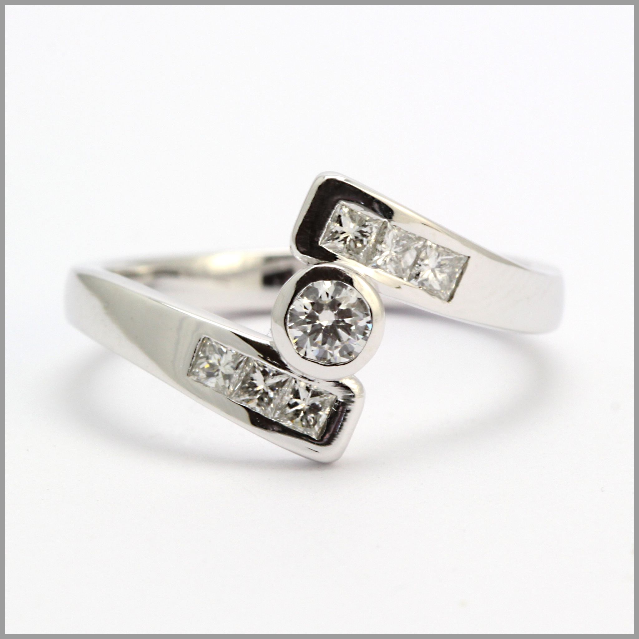 Awesome Contemporary Wedding Rings
