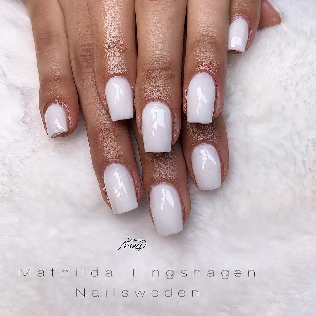 Frosted Milky White On Natural Nails It S Really Important That You Seal The Tip When You Do A Overlay I Al Natural Nails White Gel Nails Gel Overlay Nails
