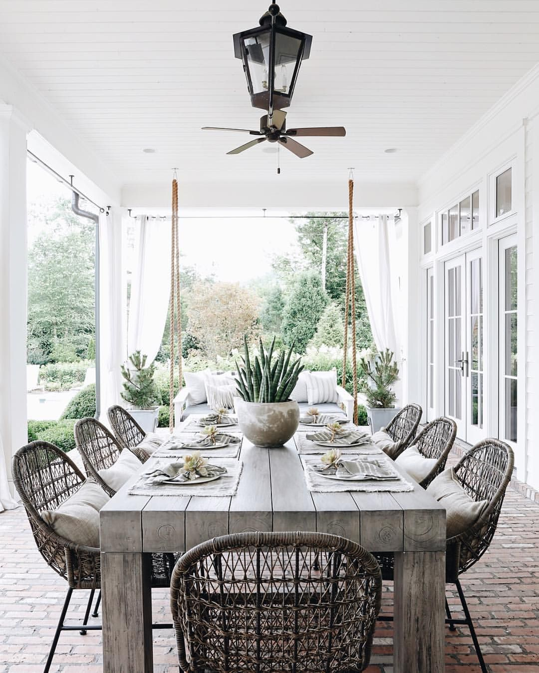 Our Friend April Does It Again With This Stunning Outdoor Dining Space Eyeing All The Small Det Outdoor Dining Spaces Outdoor Dining Room Outdoor Dining Table