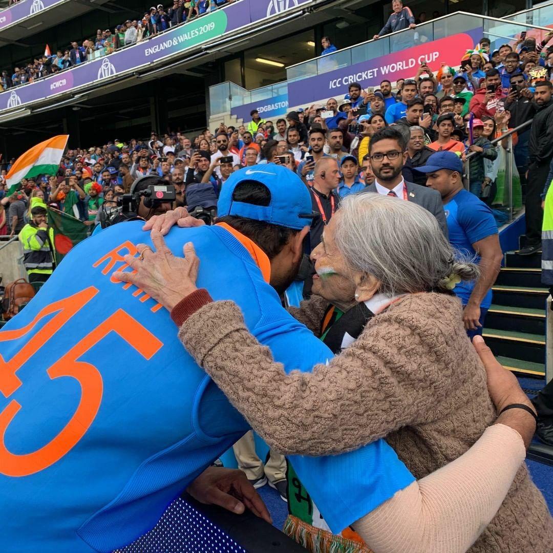 Rohit Sharma ÇÅ🏏 in 2020 Virat kohli, Latest sports news