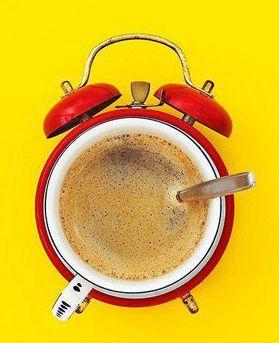 Ring! Ring! ¡Empieza el día con mucha energía! #cafe #despertador #alarmClock #coffee