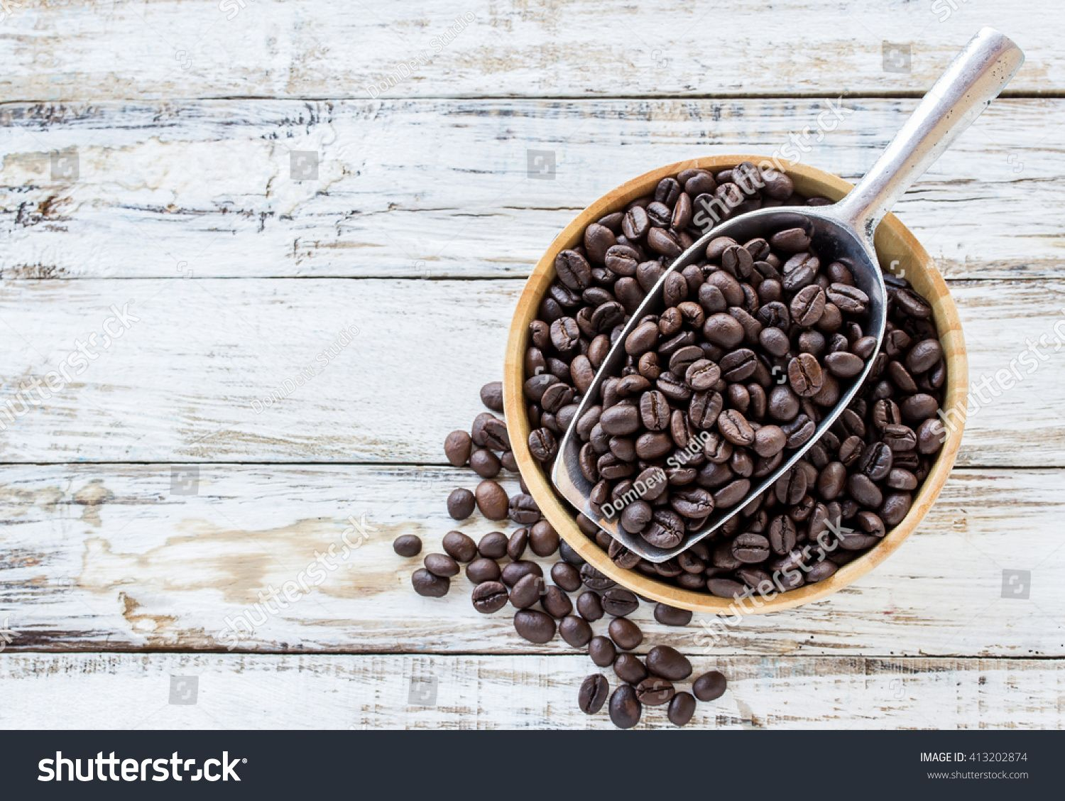 Big Stainless Steel Scoop Of Coffee Beans On White Wooden Table Sponsored Affiliate Steel Scoop Big Stainless In 2020 Food Oatmeal Stock Photos