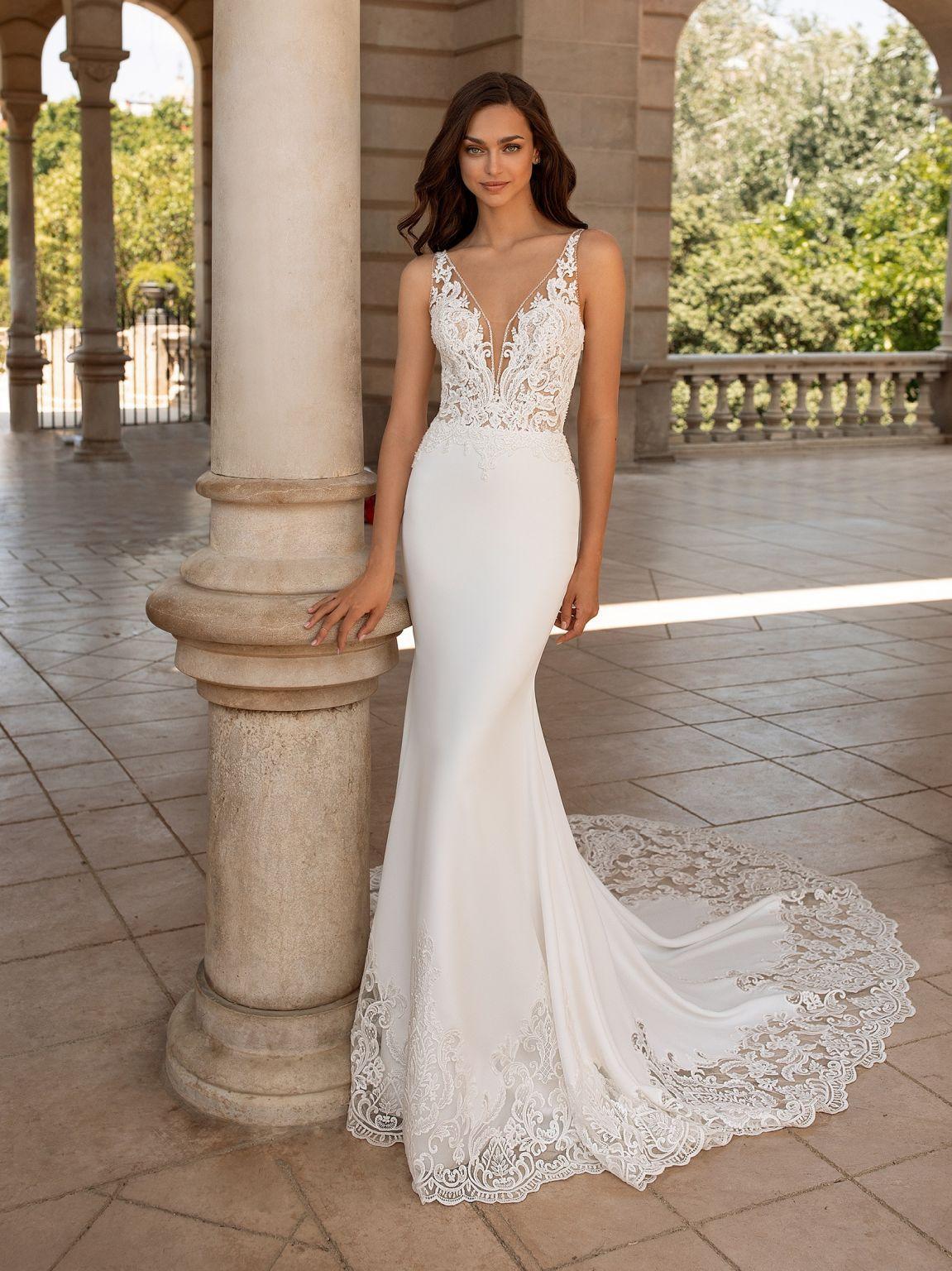 Pronovias Erandi Wedding Dress Used, Size 8, 1,800 in