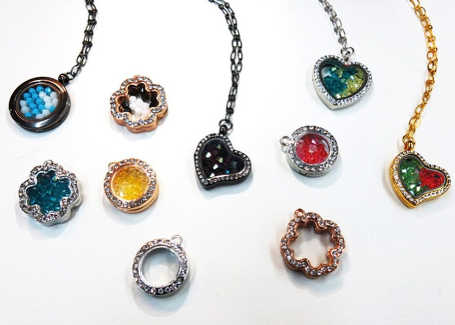 HAPPY VALENTINE Big selection of beads, semi-precious stones ...