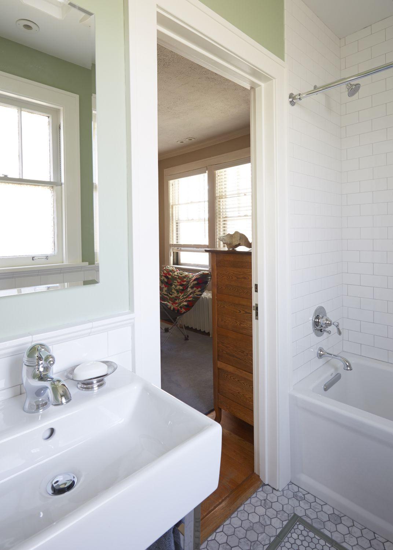 Arlington Heights Jack Jill Bathroom Sink And Tub Catherine