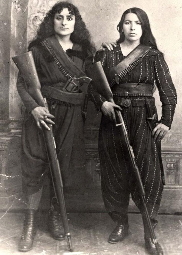 Armenian women, 1895. To the right, Eghisapet Sultanian, great grandmother  of musician