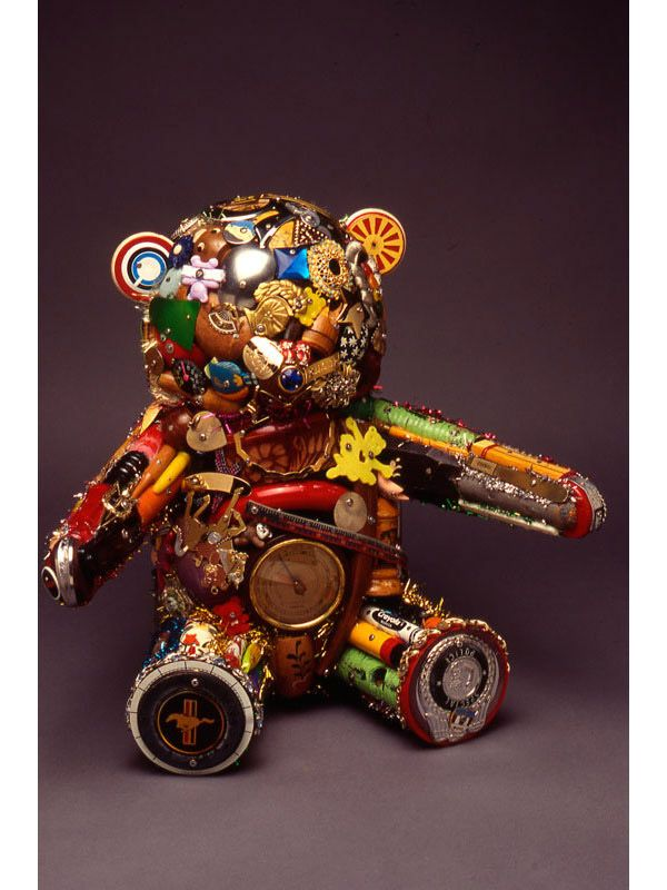 Recycled Art: 66 Masterpieces Made From Junk - Hongkiat