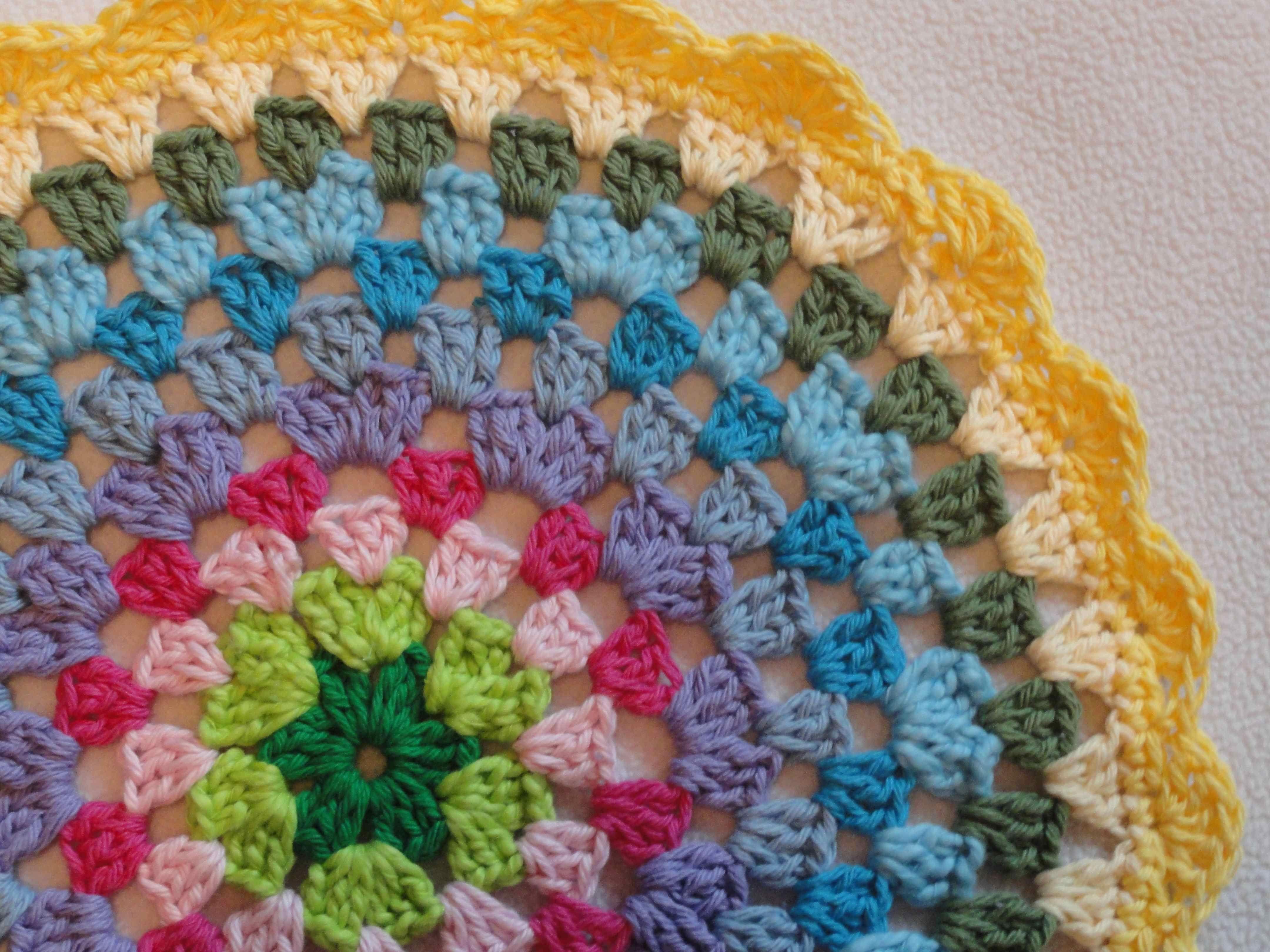 Crochet Granny Circle Grannys Of Sorts Crochet Circle Pattern