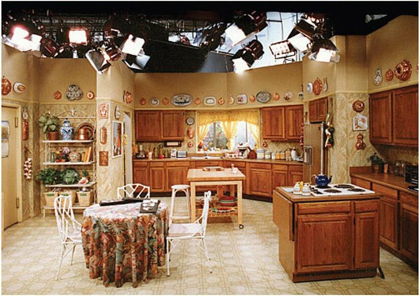 7 Of Our Favorite Tv Show Kitchens Kitchen Cabinet Kings Golden Girls House Golden Girls Golden Girls Theme