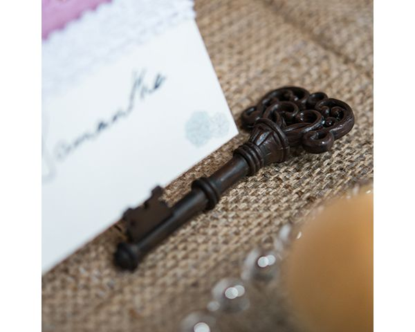 Vintage Key Place Card Holder for a rustic or vineyard wedding. - Wine Country Occasions, www.winecountryoccasions.com