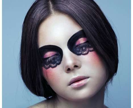 From Hamburger Eyeshadow Adverts to Raccoon Eye Makeup ... Raccoon Eyes Makeup