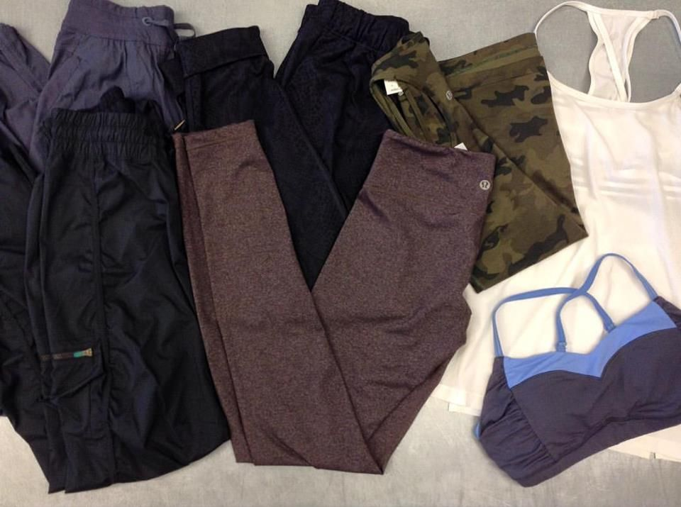Get comfy this weekend in #Lululemon athletic wear  Tops {size small}, bottoms {3/4-5/6}, prices range from $18-35 #iloveplatoskw #athlesiure #sportychic #getfit | www.platosclosetkitchener.com