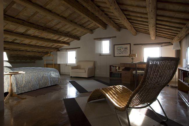 Camera Da Letto Travi A Vista : Casale a ostra vetere ristrutturazione totale della villa
