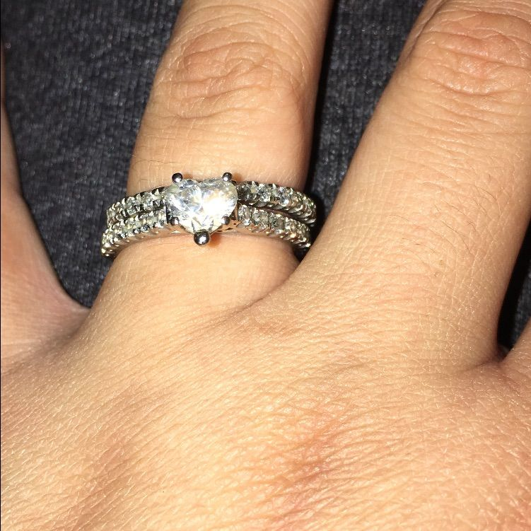 1ct Diamond Heart Ring With Wedding Band