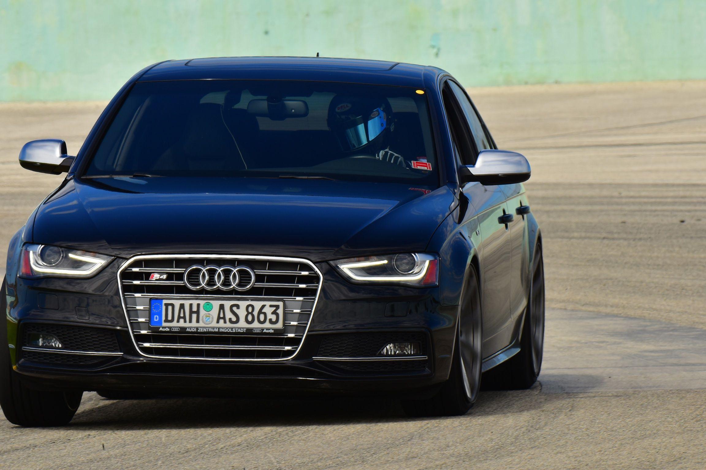 Audi audi s4