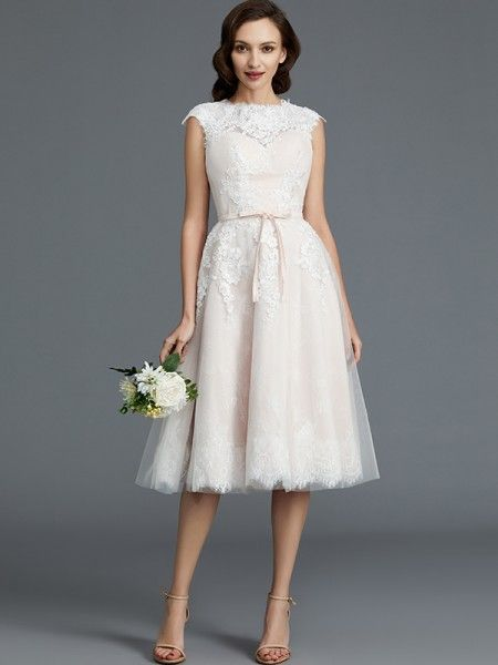 A-Line Princess Sleeveless Bateau Knee-Length Tulle Wedding Dresses ... 6941f1af2a9a