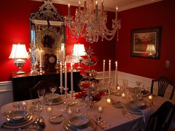 30 elegant christmas table decorations ideas for your christmas party - Elegant Christmas Dining Room Decorations