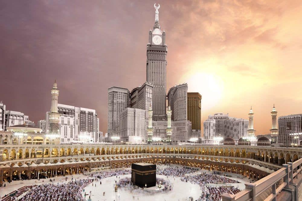 تعد مكة المكرمة من اهم المدن السعودية حيث تعيش فيها الأصالة والثقافة الفريدة فيوجد بها الكثير من المعالم السياحية والتاريخية Mecca Hotel Mecca Mecca Wallpaper