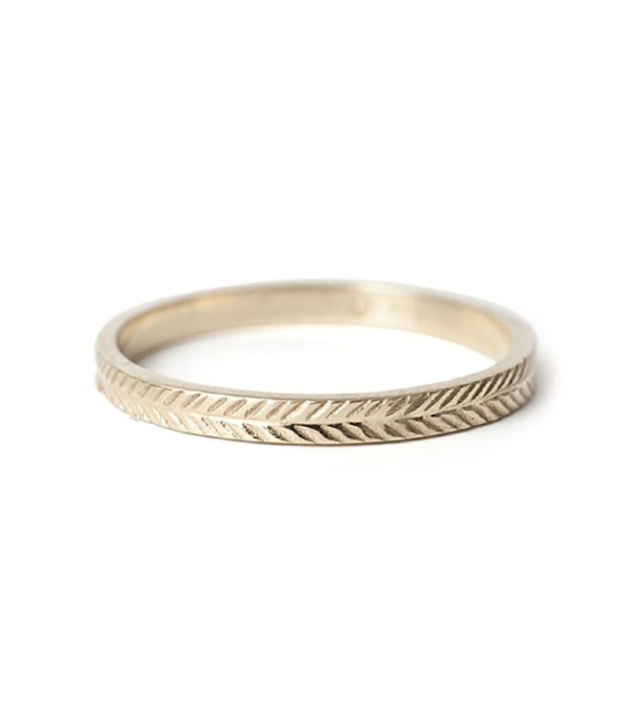 If You Need A Vintage Style Wedding Band To Match Your Ring We Ve Got Covered Keep Reading For 20 Of Our Most Dreamy Inspired Picks