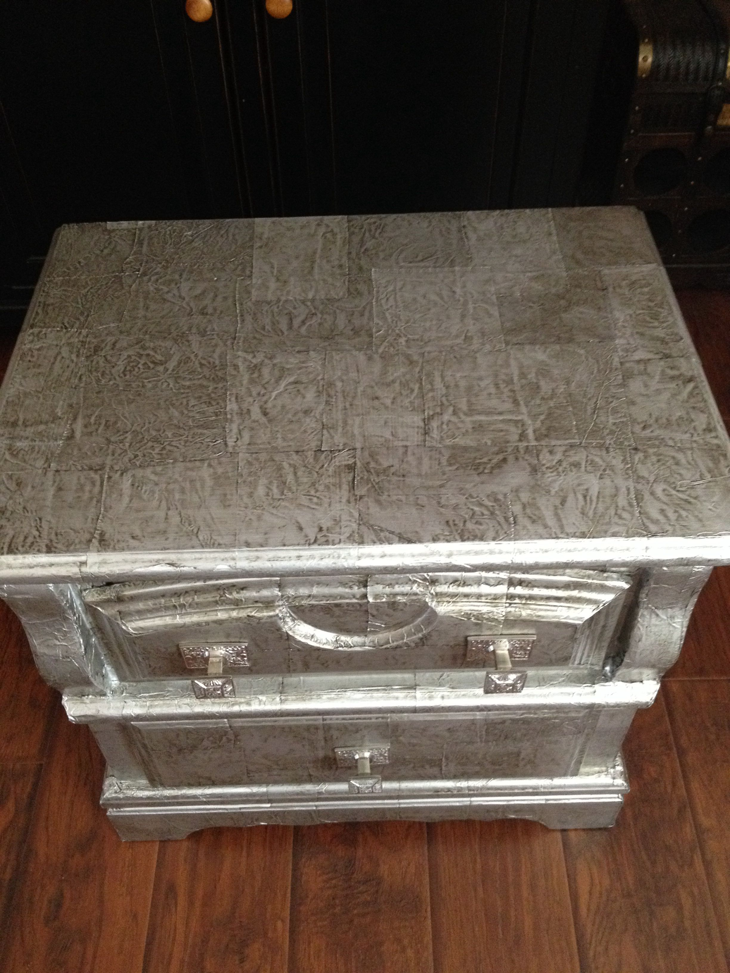 Aluminum Foil Covered Table Modge