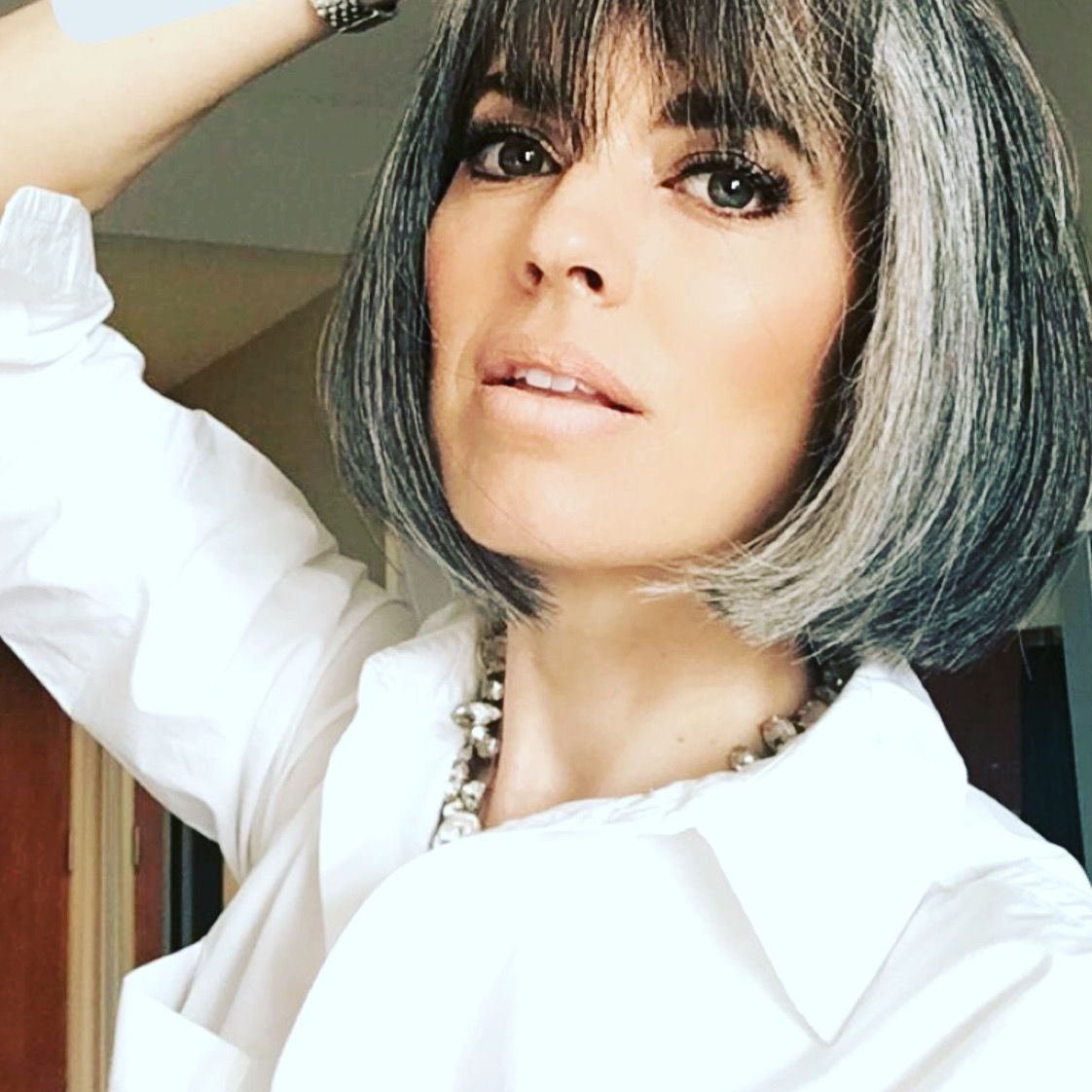 bangs with gray hair