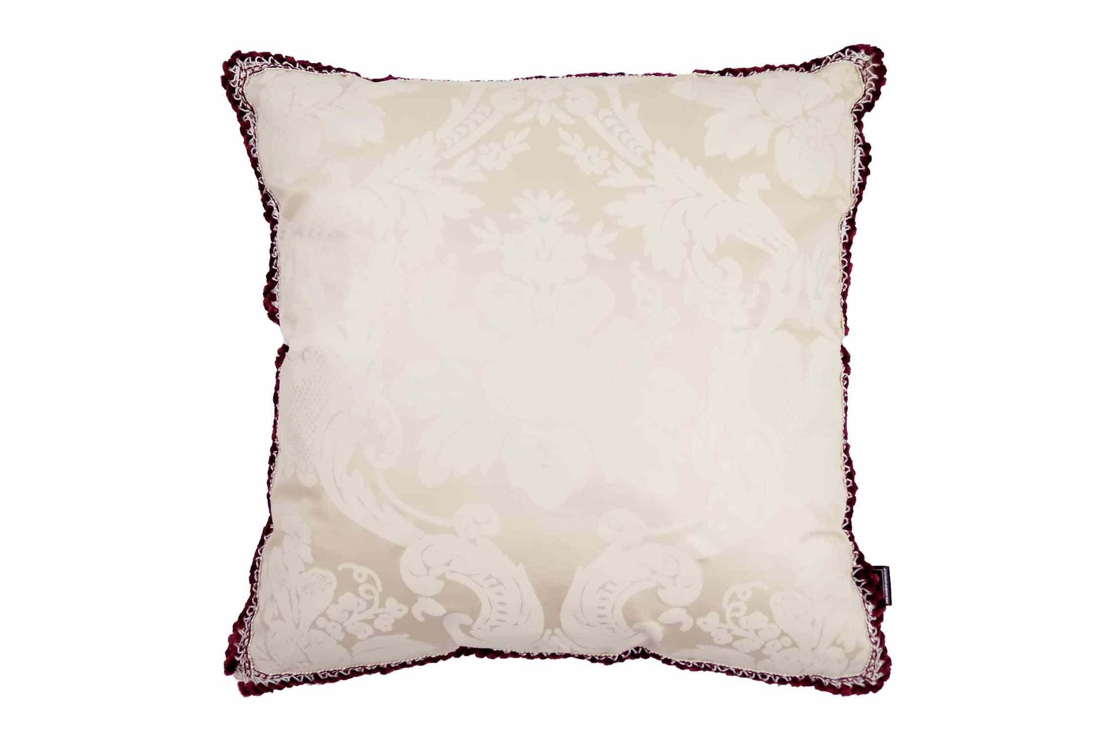 しっとりとした肌触りの白ダマスク柄にワイン色トリムがセンスなヴィンテージクッション #cushion #cushioncover #クッション #クッションカバー #ヴィンテージ #アンティーク #vintage