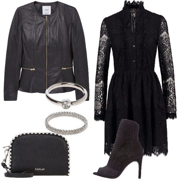 e983c49f9a62 Il pizzo nero  outfit donna Rock per party discoteca e serata casual ...
