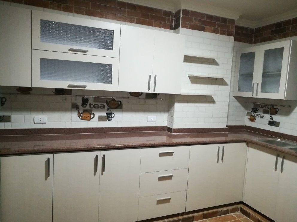 أكثر من 10 مطابخ Hpl من تصميم وتنفيذ مطابخ بن صبري صور واقعية Kitchen Design Kitchen Cabinets Home Decor