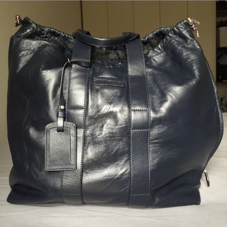 bb3a8ca70f6e ... Tote Bag with zipper black leather bag Etsy the best attitude eacc8  14200  Borsa in pelle Emporio Armani - Blue smooth leather bag NUOVA