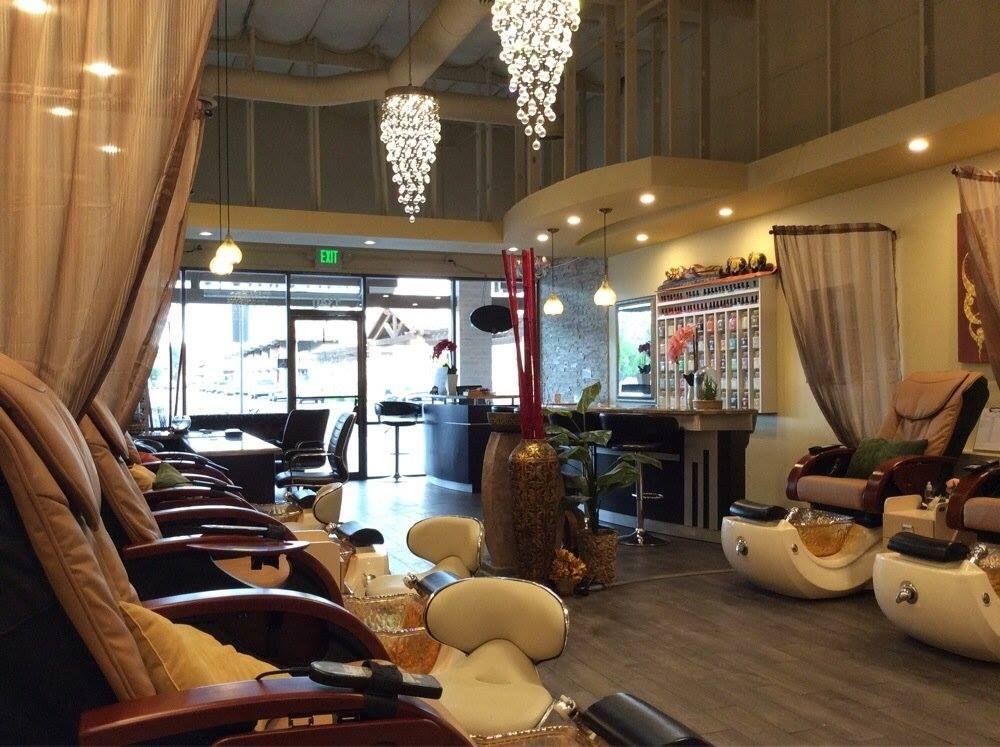 Nail Salon Design Ideas With Pedicure Spas Oaks Natural Spa Nail Bar Salon Concepts Spa Decor Makeup Studio Decor
