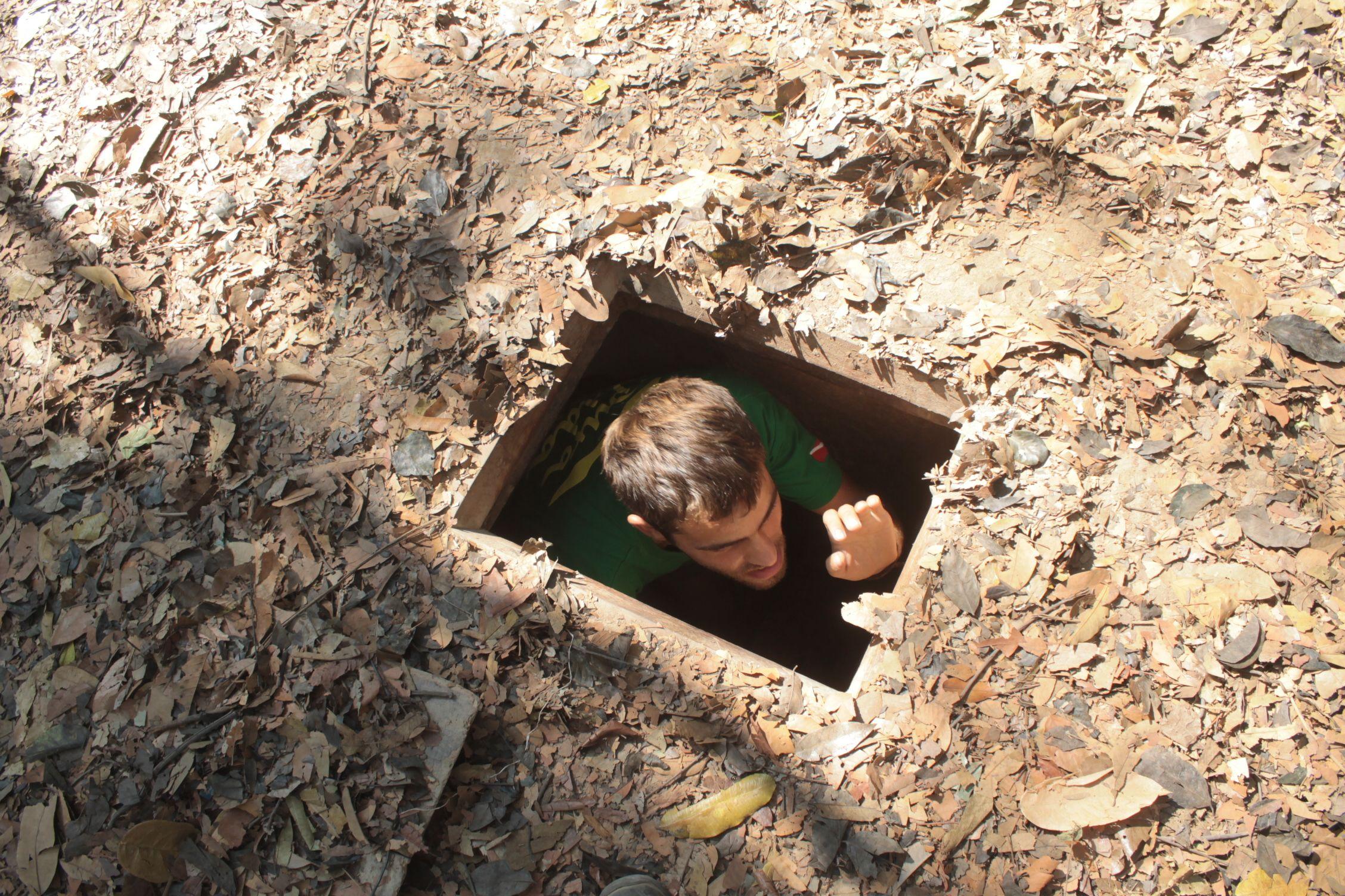 Dani saliendo de los túneles