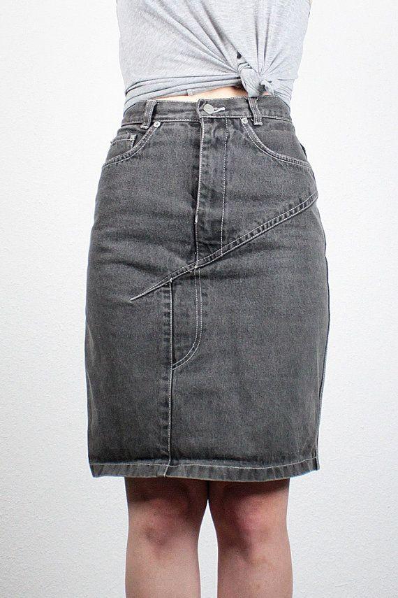 Vintage High Waisted Denim Skirt 26 Waist