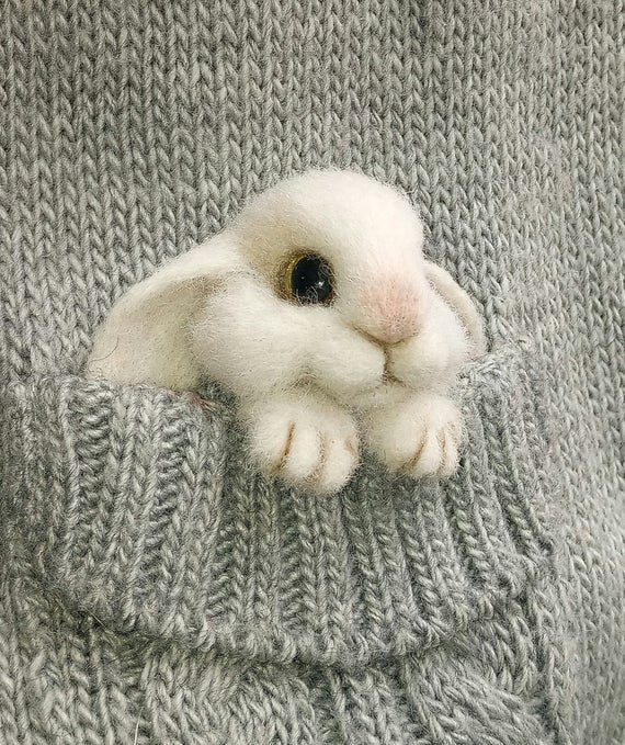 Felted bunny brooch Needle felted animal pin Easter gift Needle felt animal brooch Felt bunny pin Gift for girl Felted rabbit Bunny gift #needlefeltedbunny