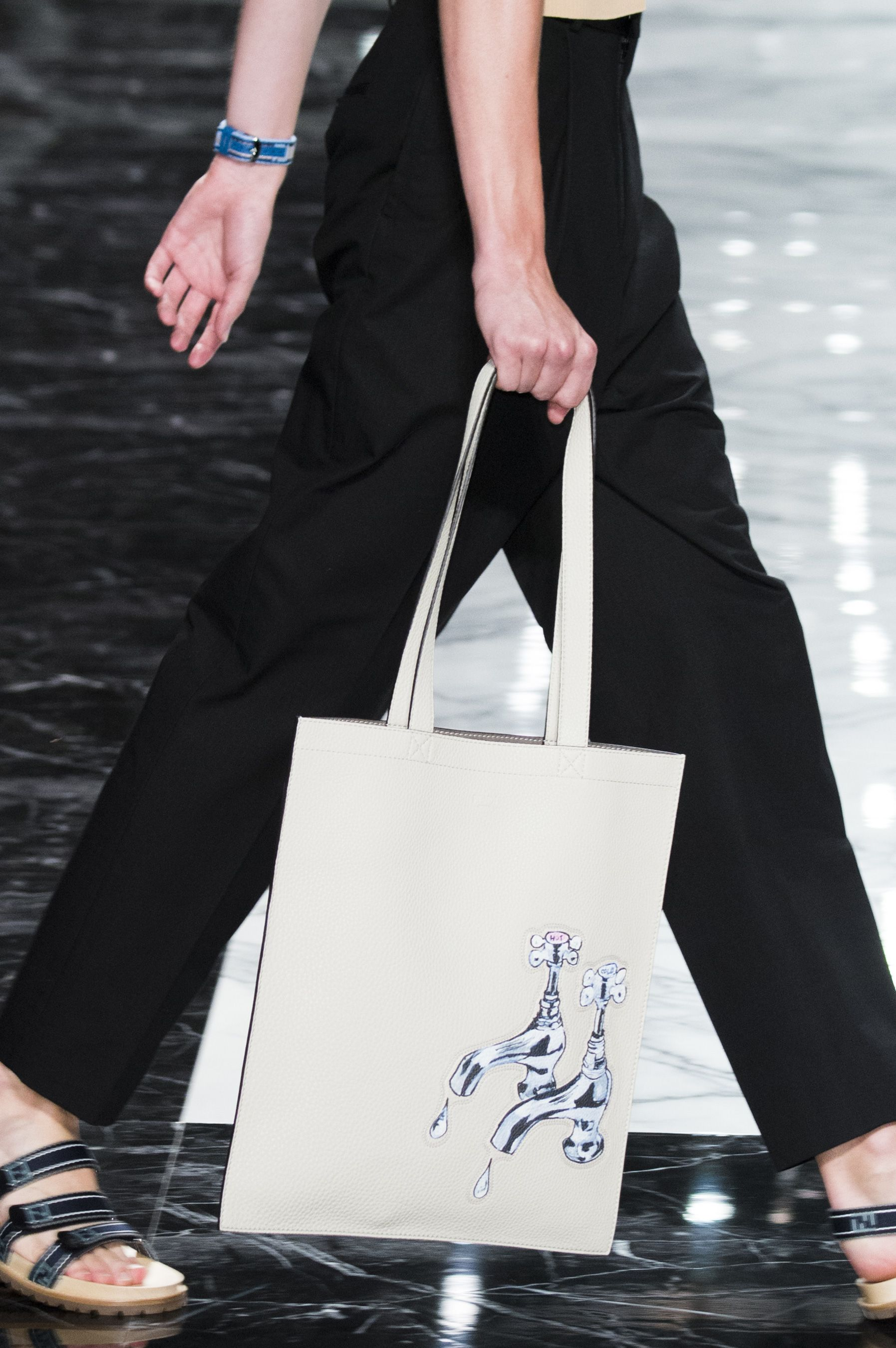 Fendi Spring 2018 Men's Fashion Show Details