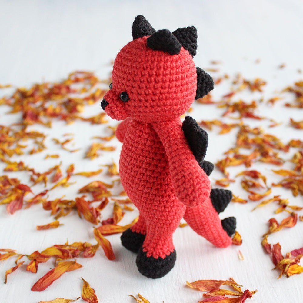 Crochet Cuddle Me Dragon - Free amigurumi pattern | Crochet patterns ...