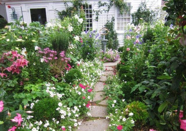 Cottage garden Garden Ideas Pinterest Gardens, Garden ideas