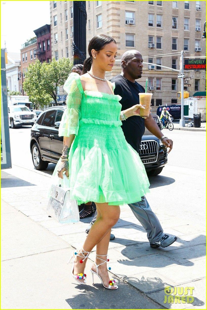 Rihanna Starbucks Coffee Green Tutu Tutu Dress Wear Green [ 1222 x 817 Pixel ]