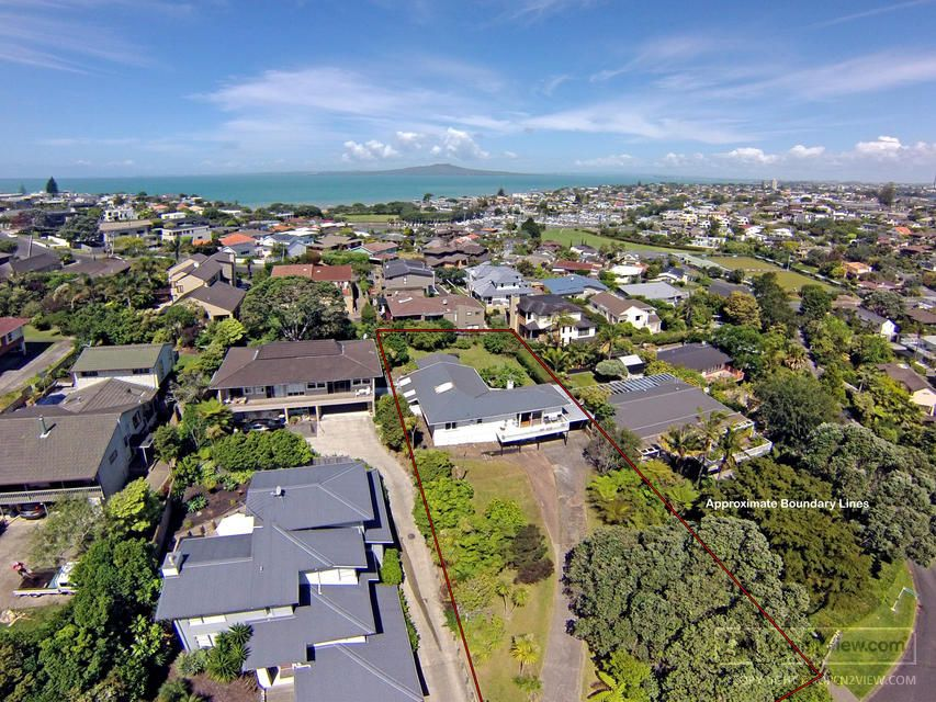 Open2view ID#305772 - Property for sale in Castor Bay, New Zealand