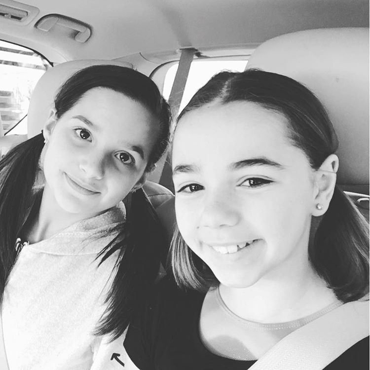 Citaten Annie Instagram : Acroanna annie presshandstands instagram photos and