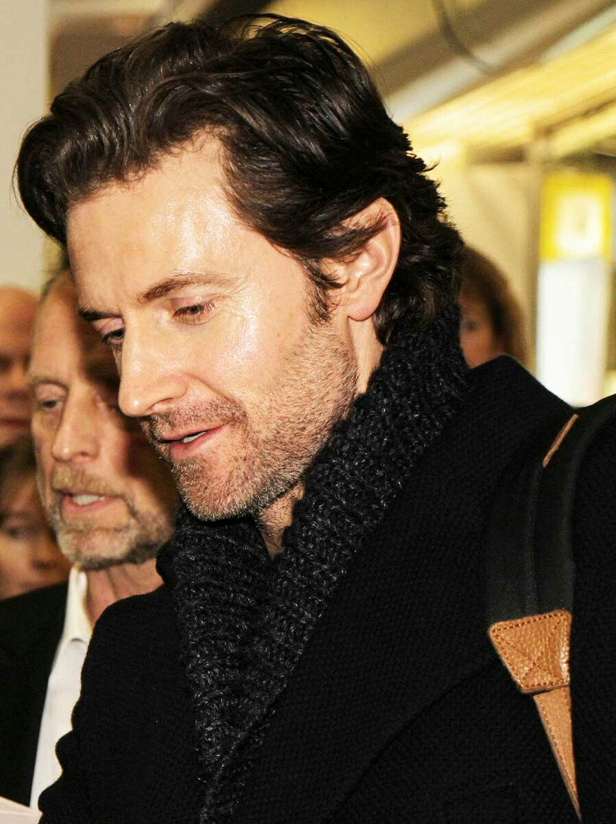 I like him in this photo source twitter richard armitage
