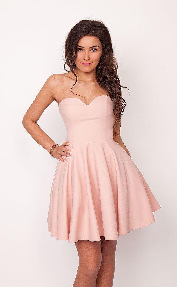 8de487fc06 Rozkloszowana sukienka Menrin PUDROWY RÓŻ
