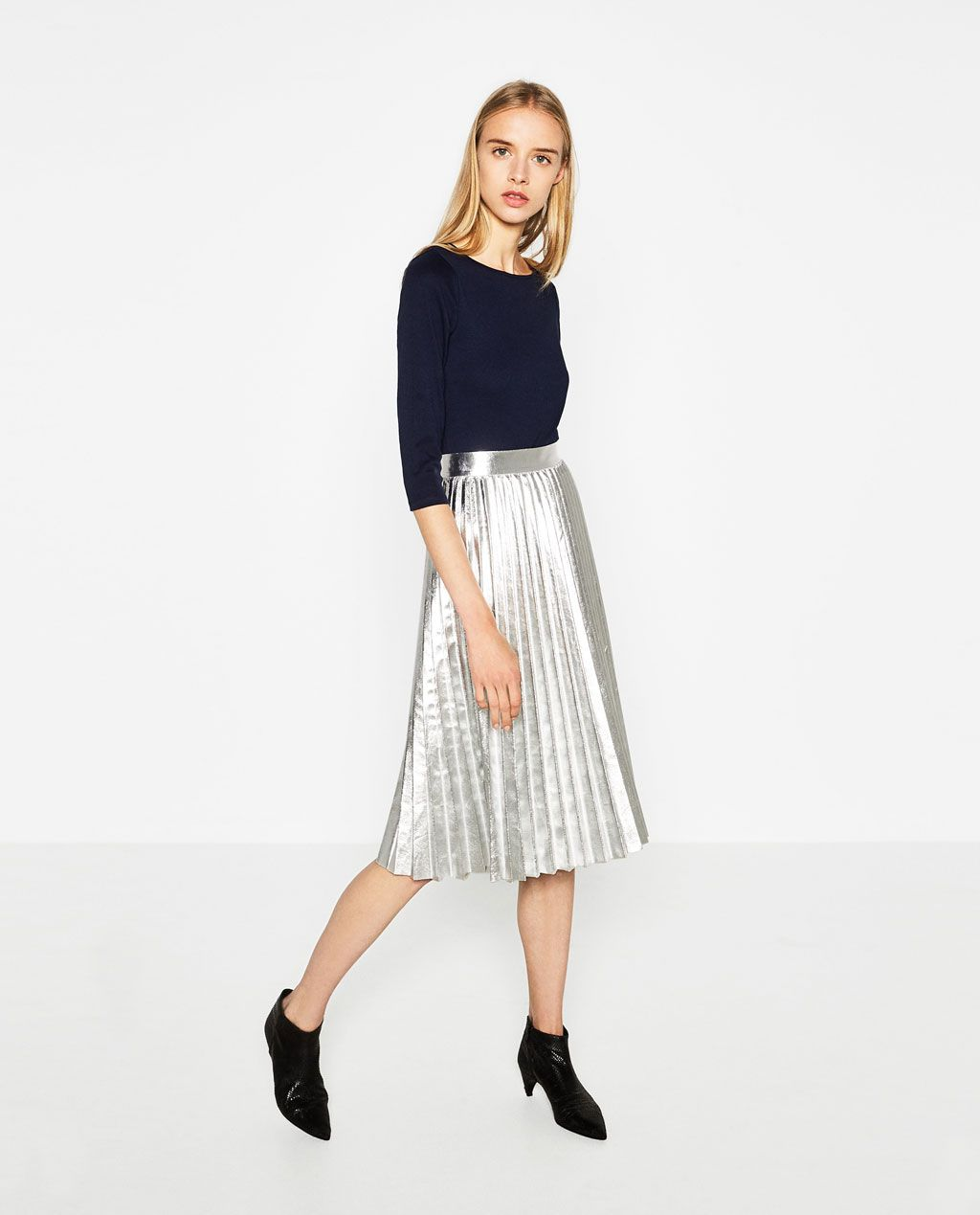 METALLIC ACCORDION-PLEAT SKIRT From Zara 4990 RSD | U21a3 Fashion U21a2 | Pinterest | Metallic Pleated ...