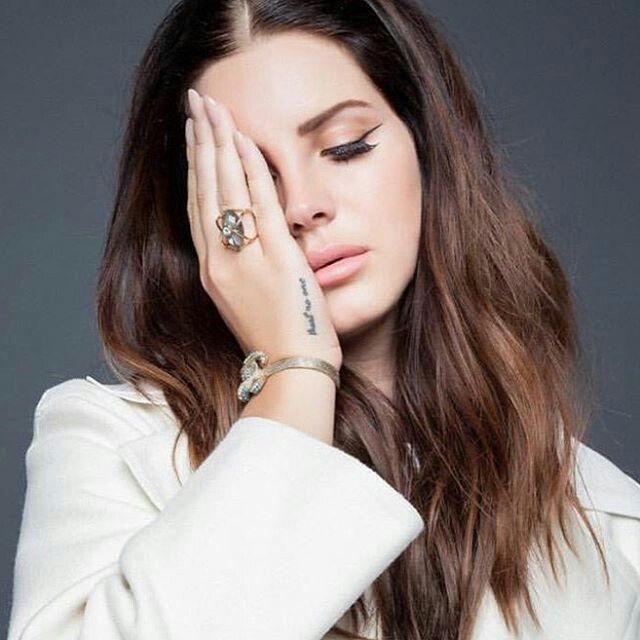 Makeup Tutorial: Lana Del Rey - Young and Beautiful